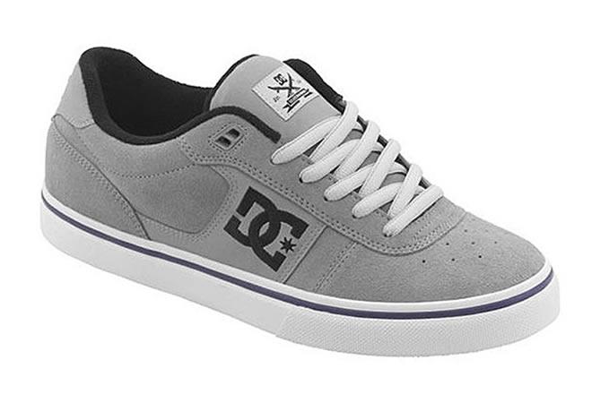 DC кроссовки
